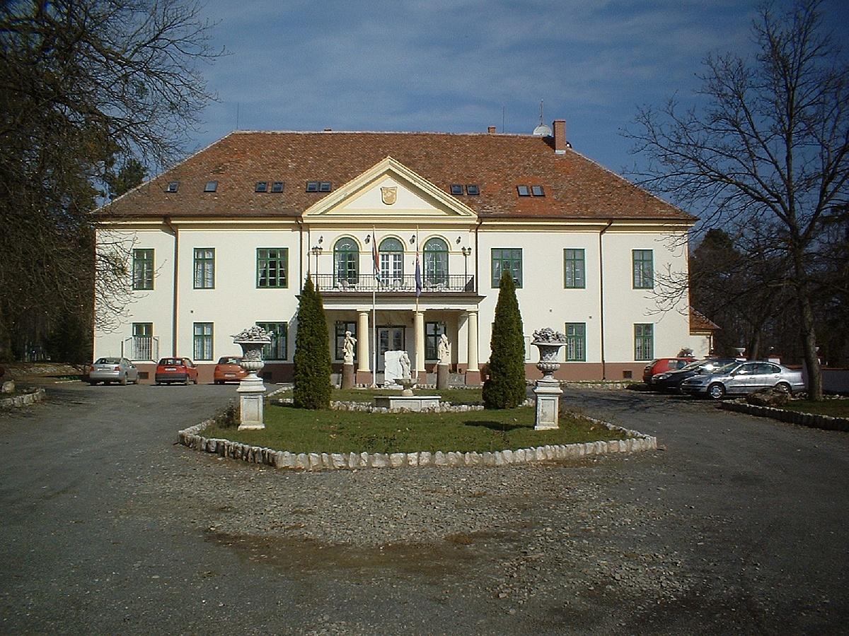 Gesztenye Hotel