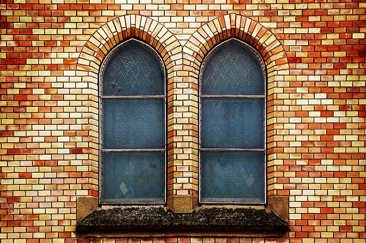 Két ablak