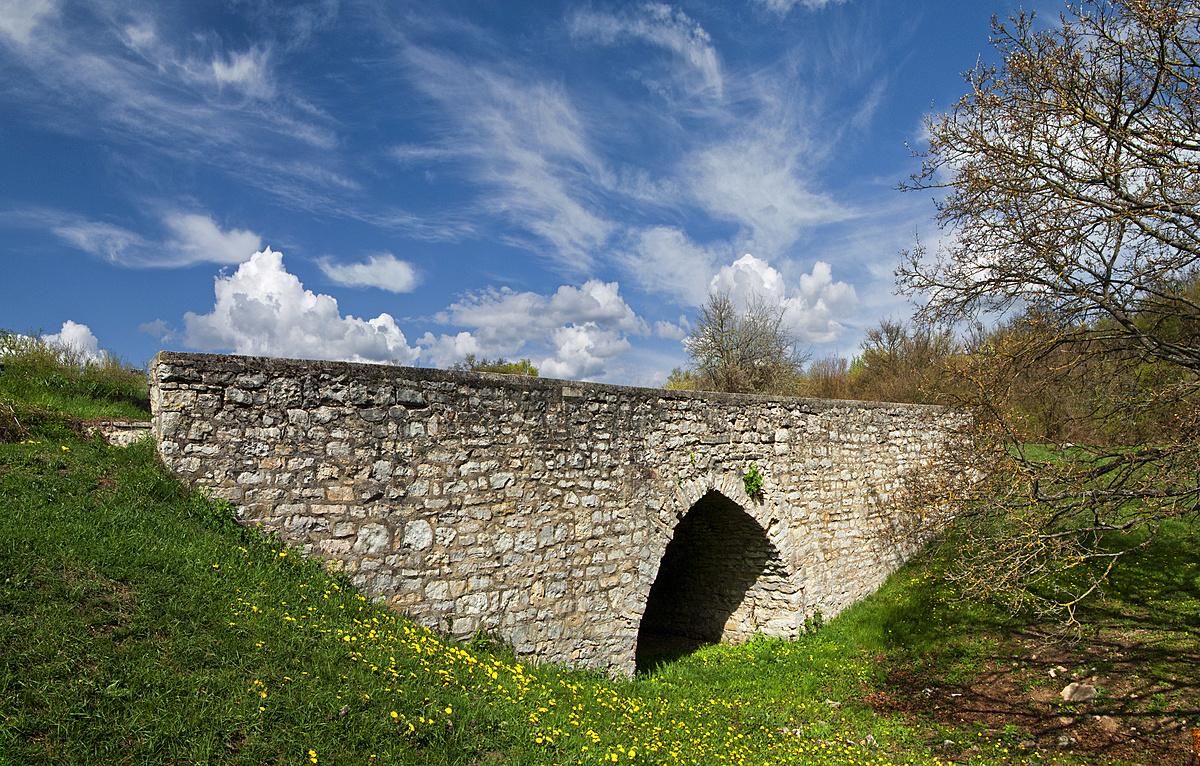 Panteista idill - okafogyott híddal