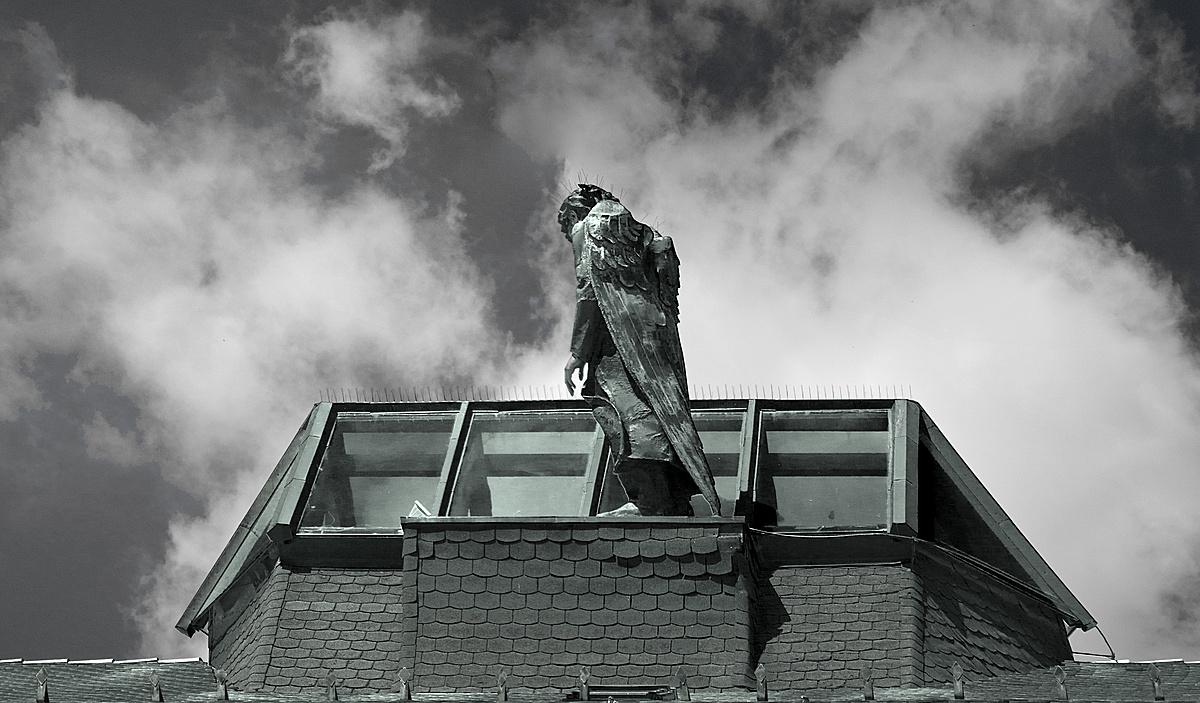 Távol és mégis közel – győri anzix Wim Wendersnek címezve