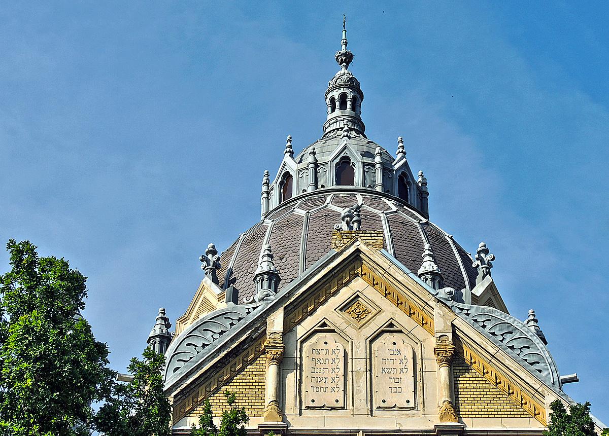 A 111 éves új zsinagóga