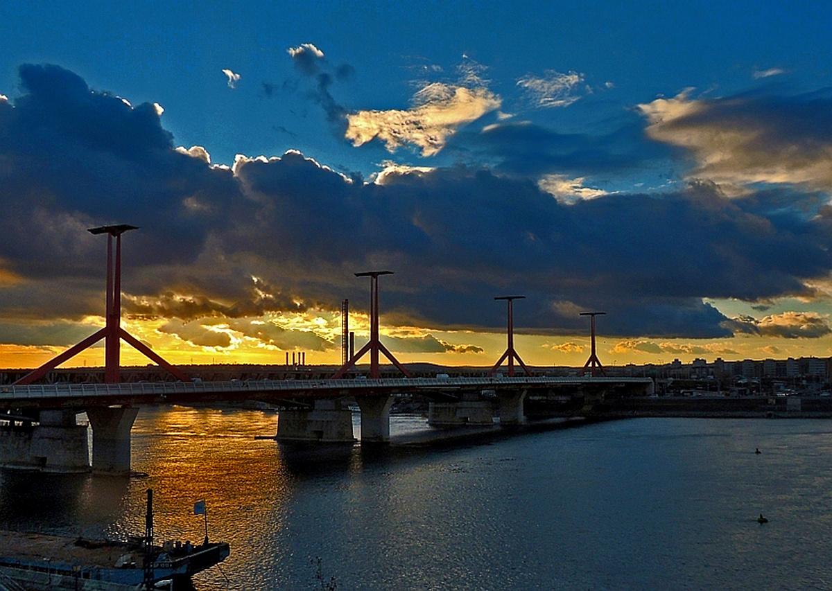 Esti fények a hídon