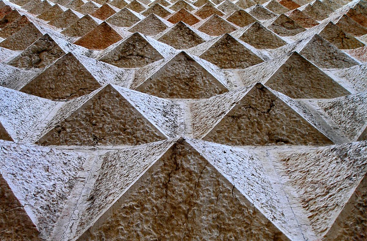 Piramisjáték