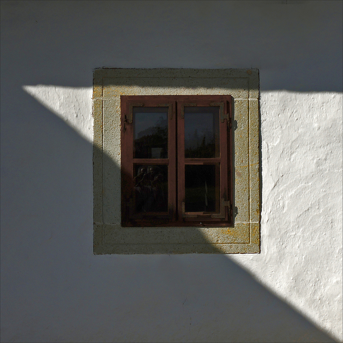 Kis ablak a nagyvilágra