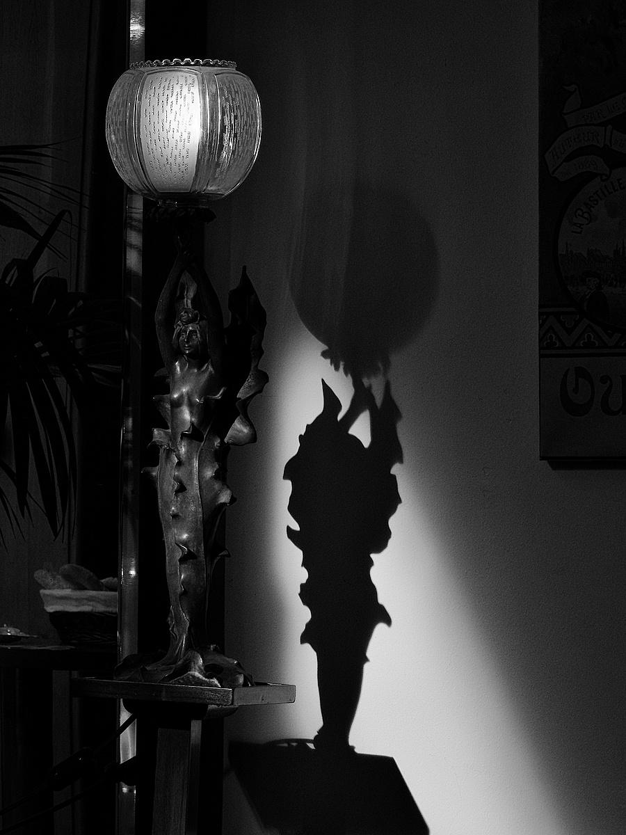 Megvilágított lámpa