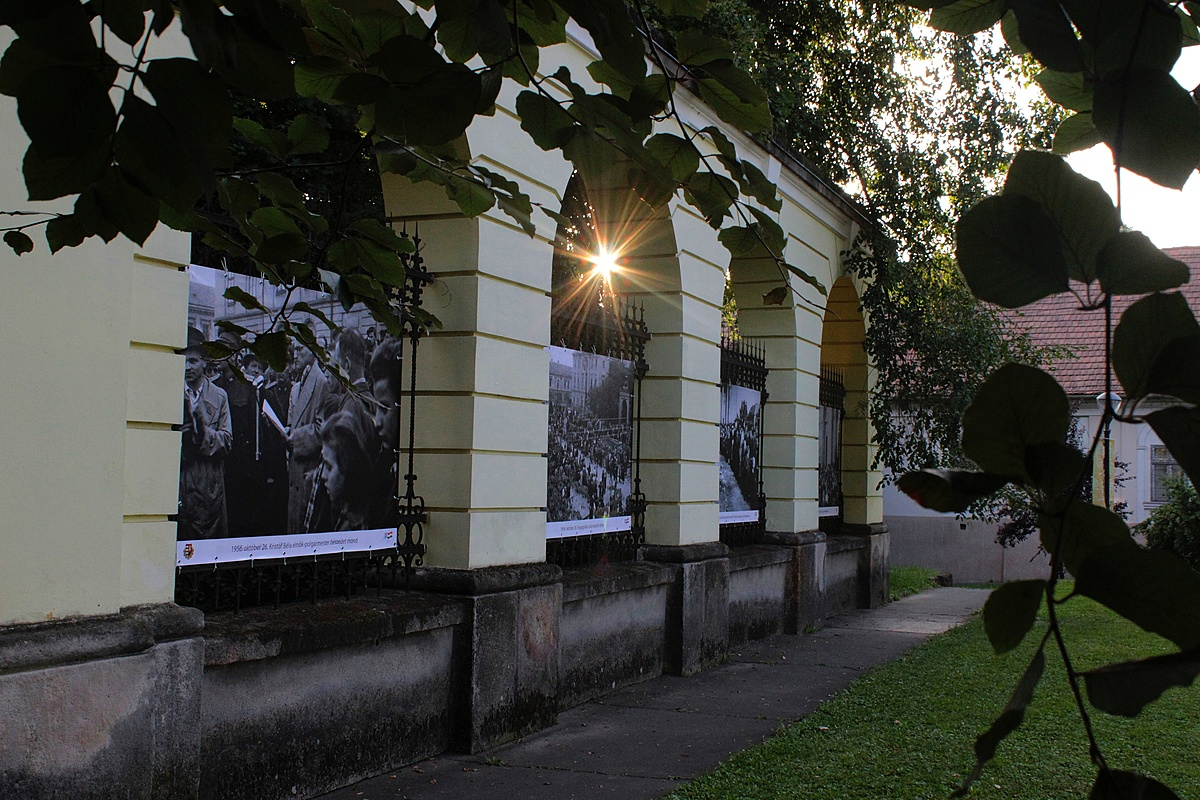 Kiállítás a szabadban