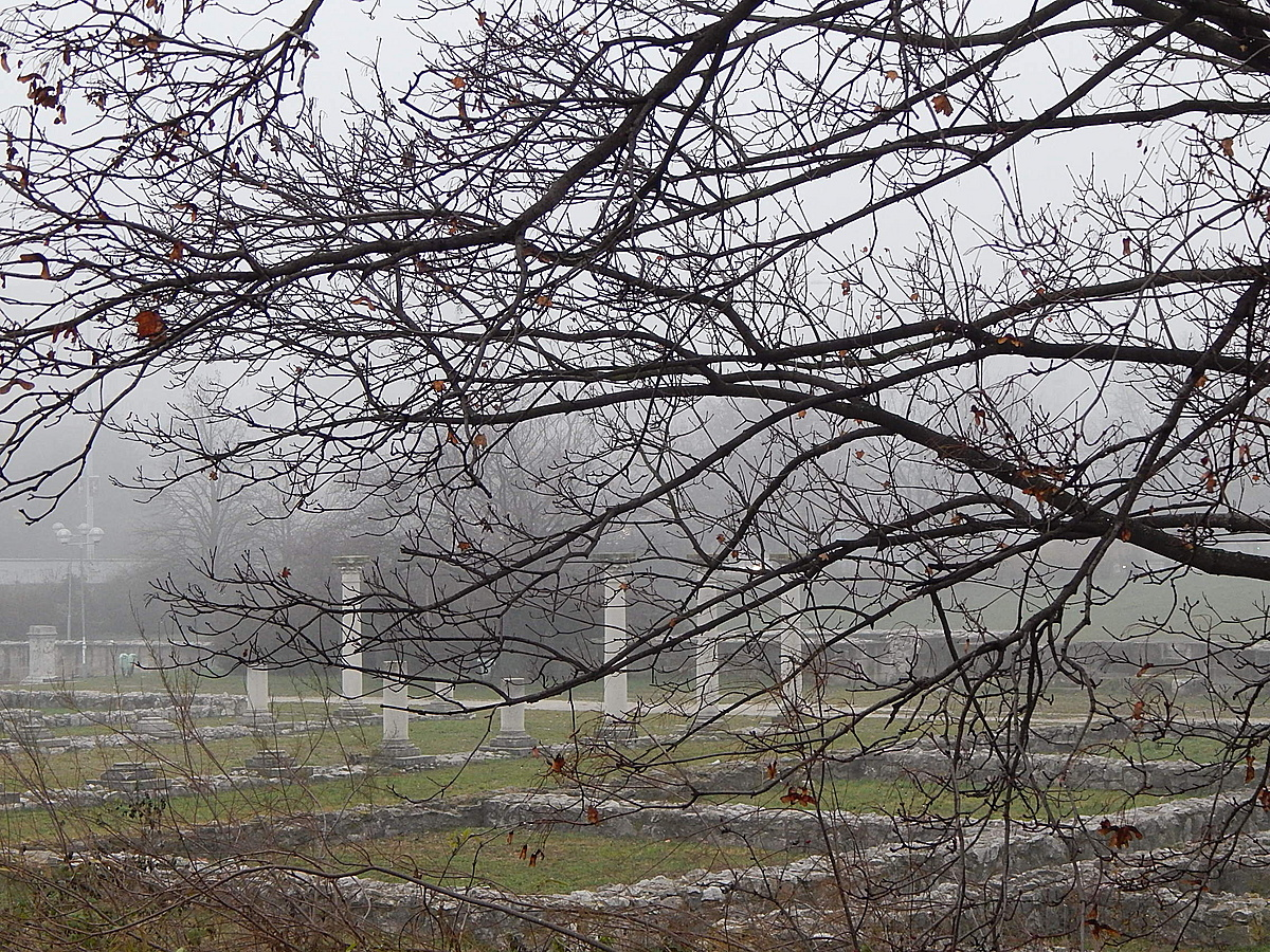 A ködös múlt