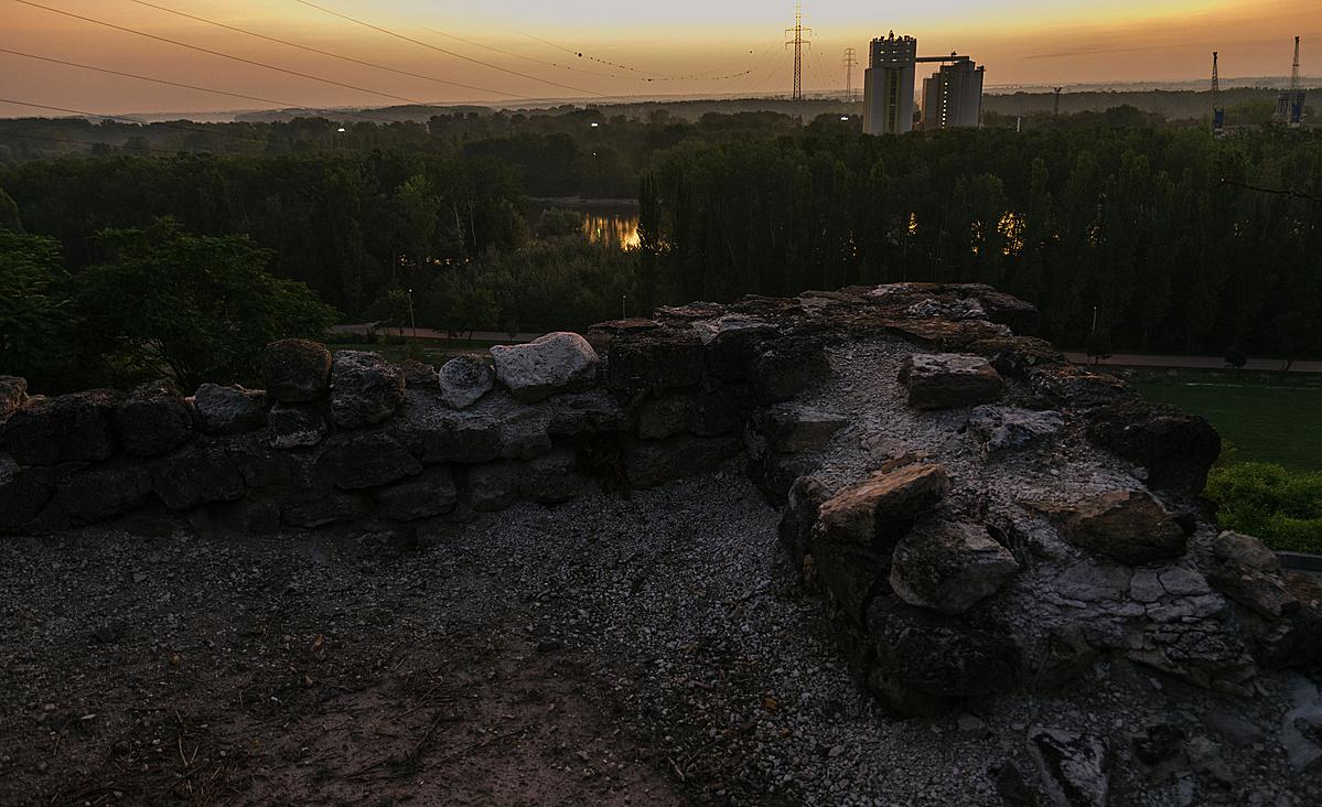 Napkelte a castellumból
