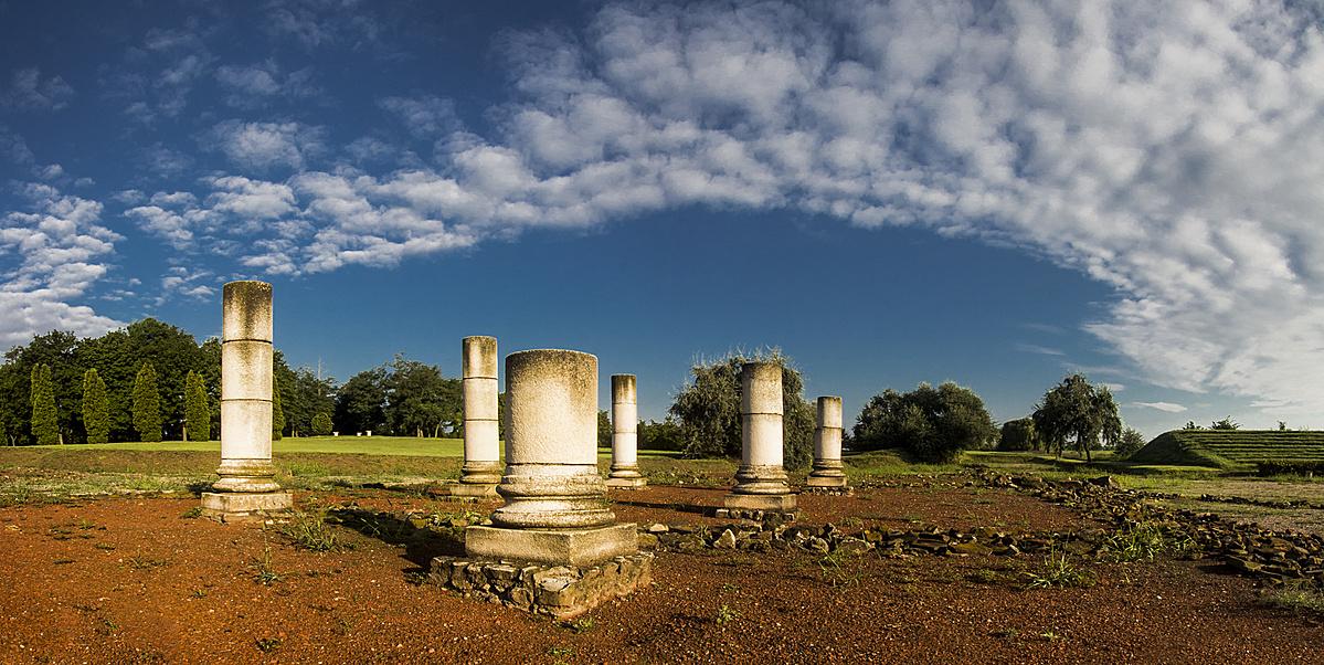 A gorsiumi színház romjai