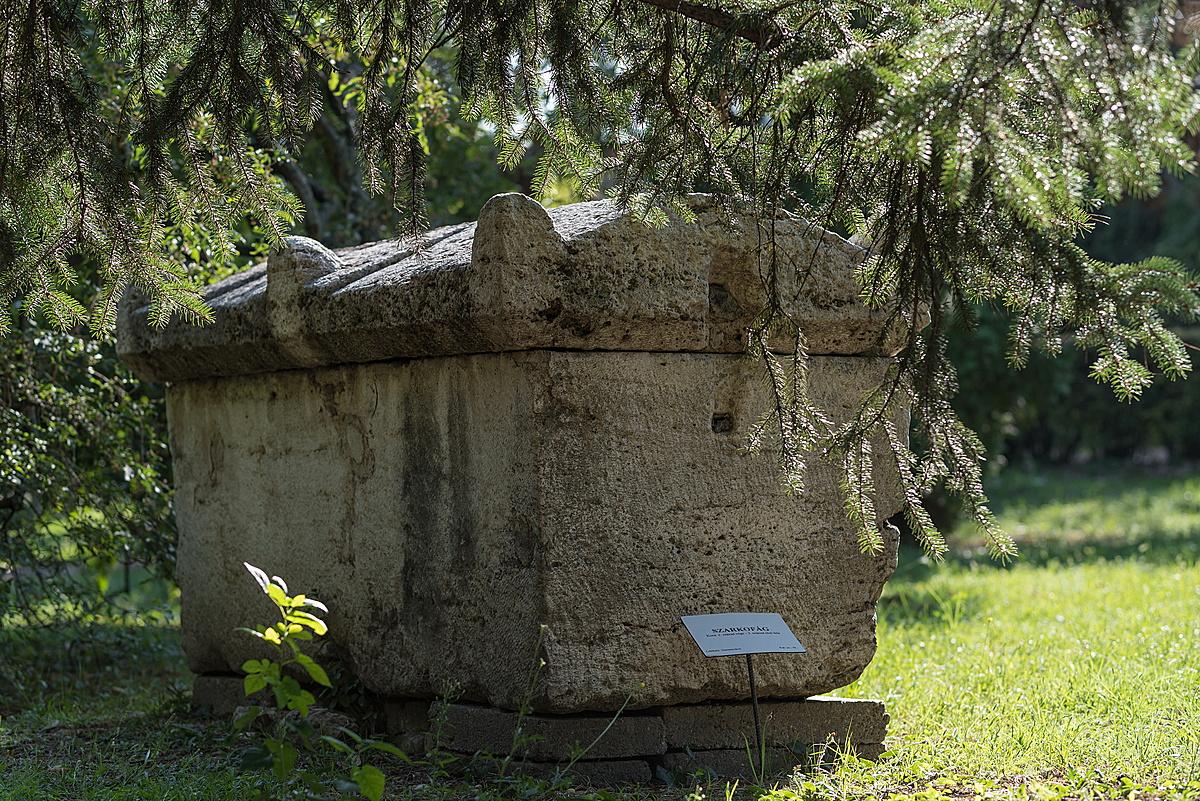 1800 éves pihenő