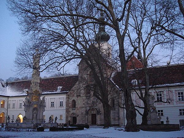 Szent Kereszt ciszterci kolostor