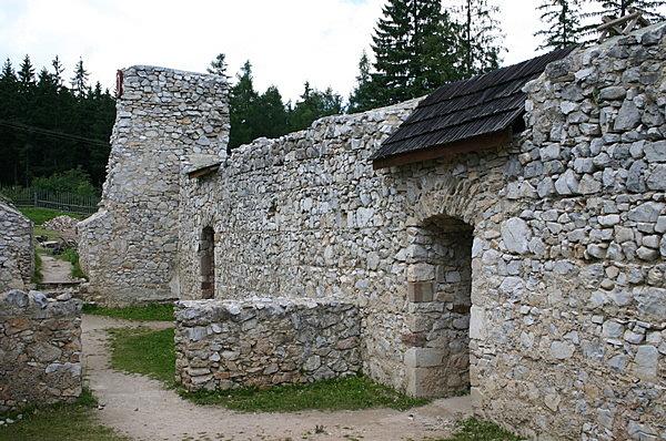 Keresztelő Szent János karthauzi kolostor romjai