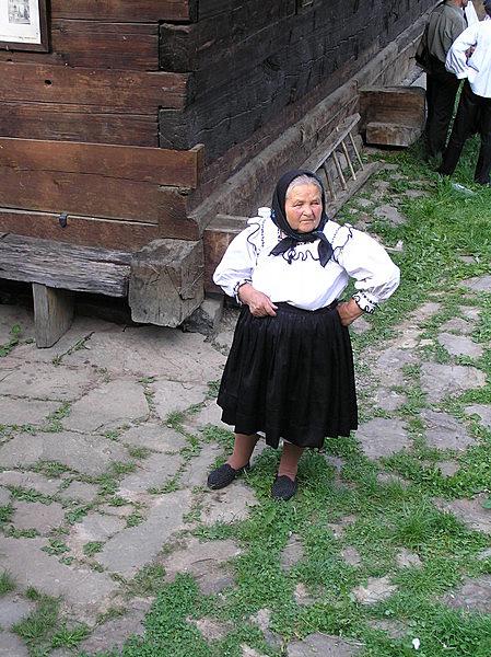 Szent Miklós görög katolikus fatemplom