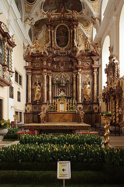 Mária mennybemenetele templom