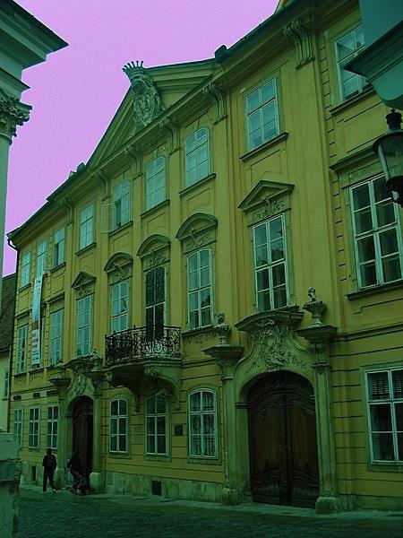 Mirbach-palota