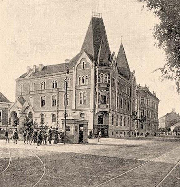 Városi Polgári Menházalap gyárvárosi bérháza