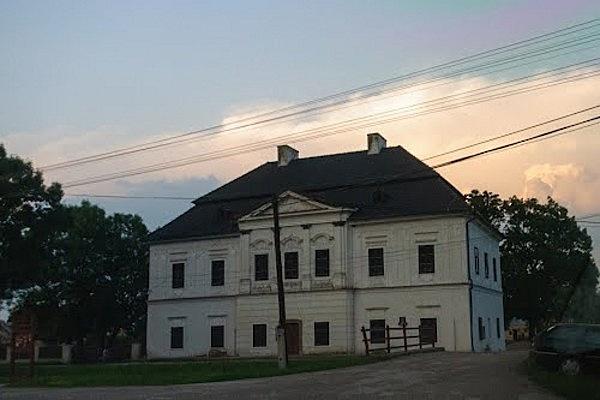 Szent-Ivány-kastély