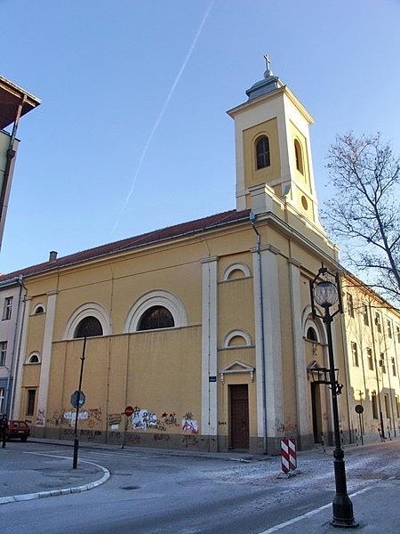 Piarista templom