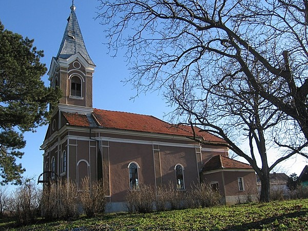 Római katolikus templom és plébánia