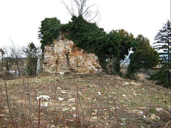 Szent Ágota plébániatemplom romjai