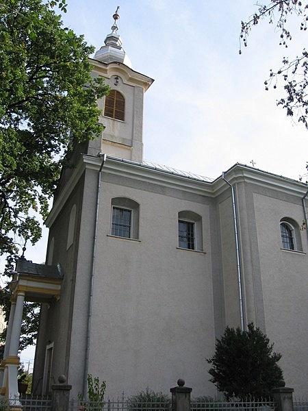 Szentháromság római katolikus plébániatemplom