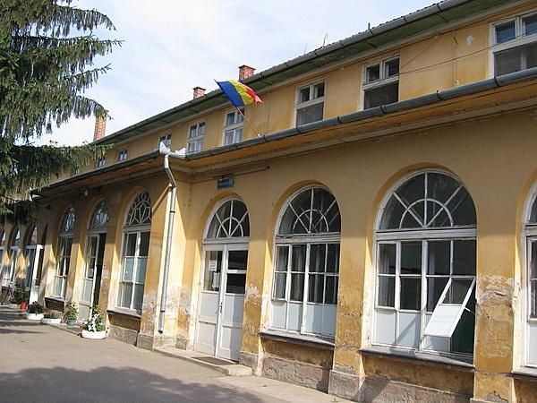 Bernáth-Bujanovics-kastély