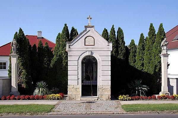 Lourdes-i kápolna