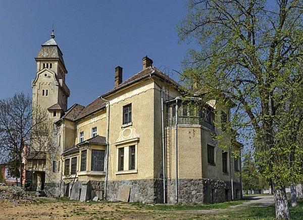Urmánczy-kastély
