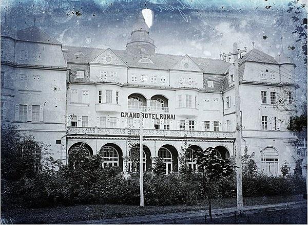 Grand Hotel Rónai (Hotel Slovan)