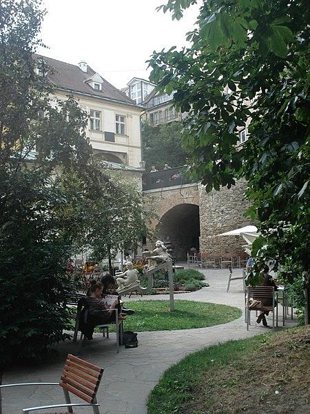 Mihály-kapu hídja