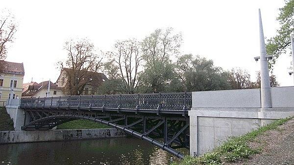 Hradecky híd
