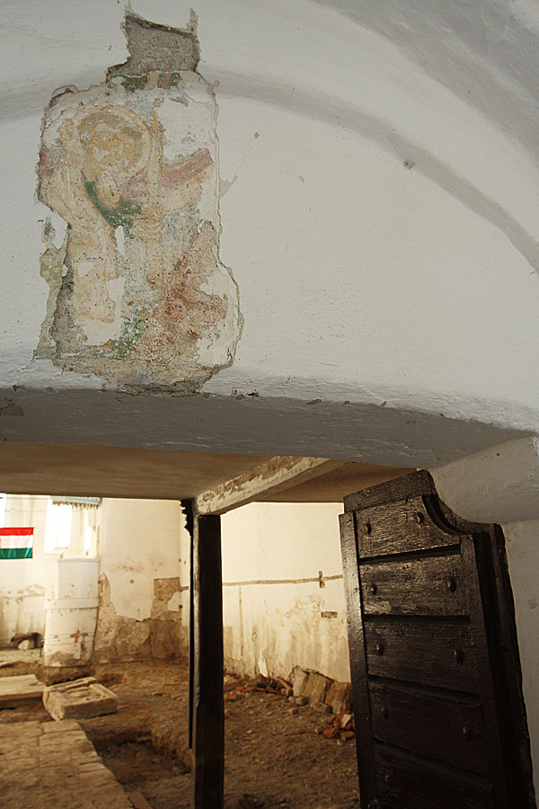 http://www.muemlekem.hu/images/magazin/20090629abaujvar/02.jpg