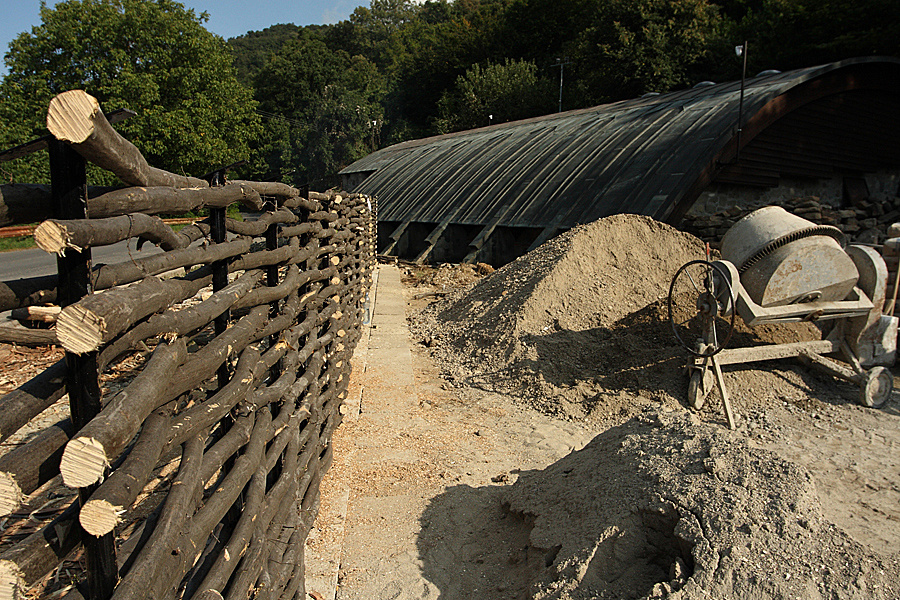 http://www.muemlekem.hu/images/magazin/20090910visegradtempl/010.jpg