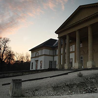 http://www.muemlekem.hu/images/magazin/20101124degszabadkomuves/ciml.jpg