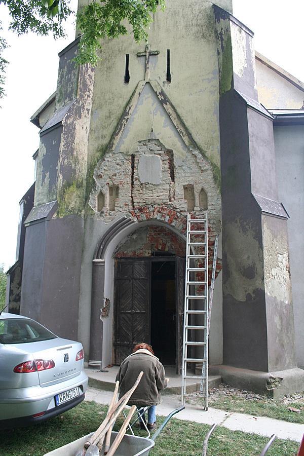 http://www.muemlekem.hu/images/magazin/20101203zajtatemplom/002.jpg