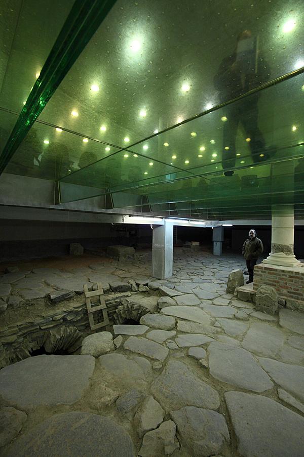 http://www.muemlekem.hu/images/magazin/20110302szhelyotp/04.jpg