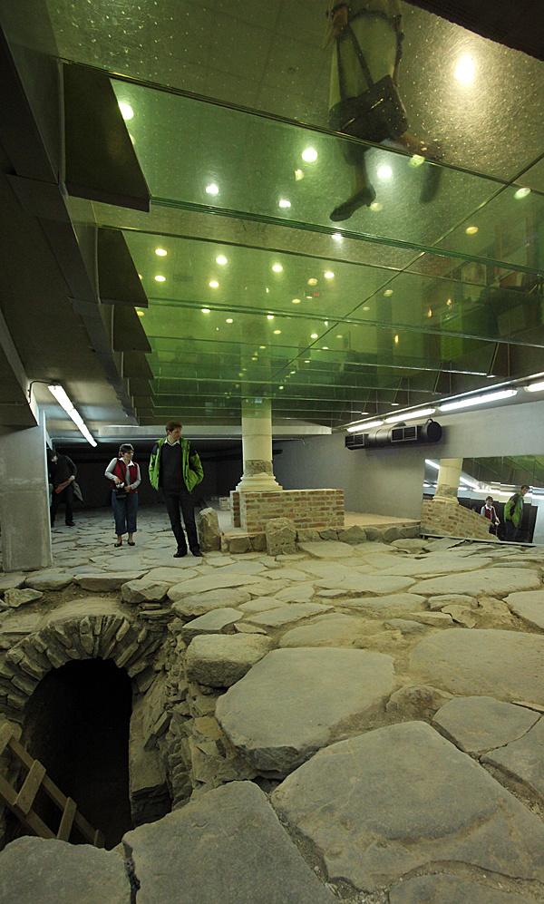 http://www.muemlekem.hu/images/magazin/20110302szhelyotp/05.jpg