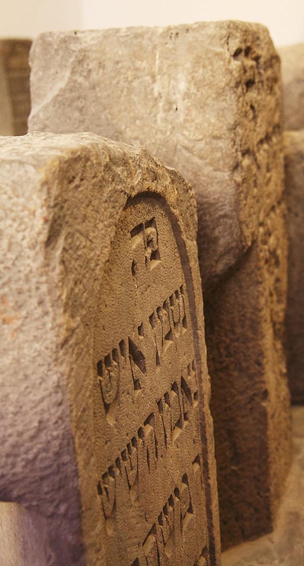 http://www.muemlekem.hu/images/magazin/20110509budaizsidok/04.jpg