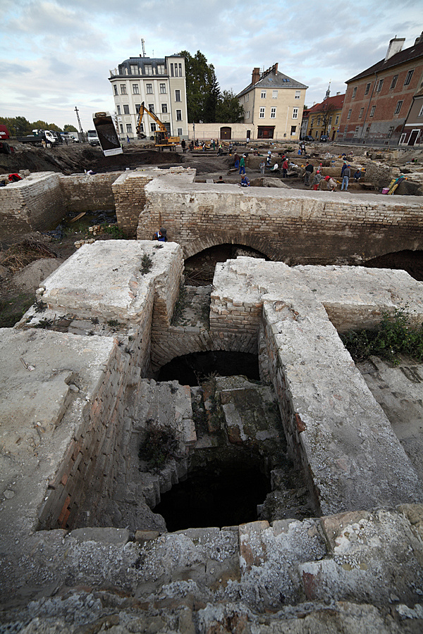 http://www.muemlekem.hu/images/magazin/20121109dunakapu/03.jpg