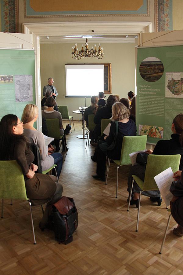 http://www.muemlekem.hu/images/magazin/20131112tajkonferencia/2taj.jpg