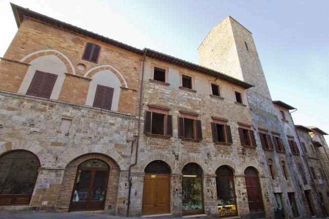 Torre e Casa Campatelli