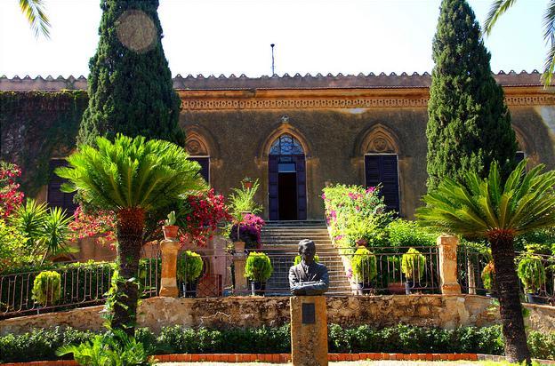Villa aurea