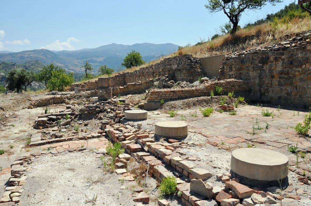 Scavi di Halaesa Arconidea - Museo archeologico
