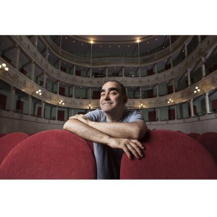 A Pesaro Elio canta e recita Enzo Jannacci foto