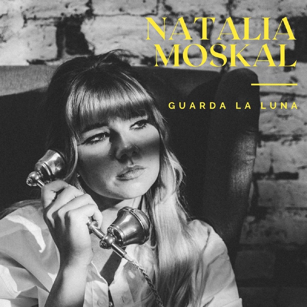 Guarda La Luna nuovo singolo di Natalia Moskal foto