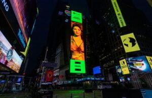 Helena Paparizou - Times Square (1)