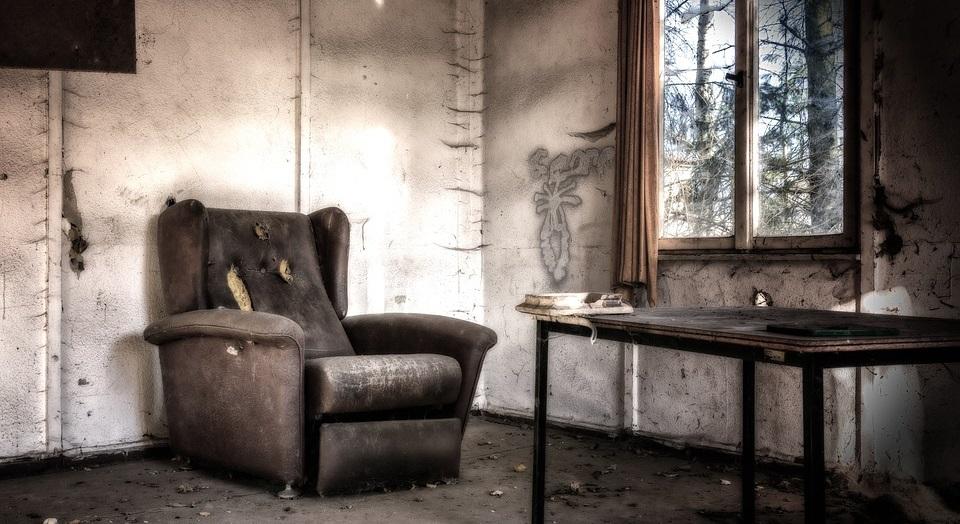 Vergessene Rauchmelder in leerstehenden Wohnungen können unnötige und teure Feuerwehreinsätze zur Folge haben (Symbolbild)