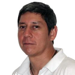 Dr. Miguel  Cevallos
