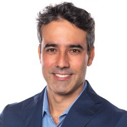 Dr.  Leandro Passos