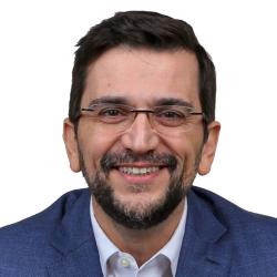 Dr. Fernando Soares